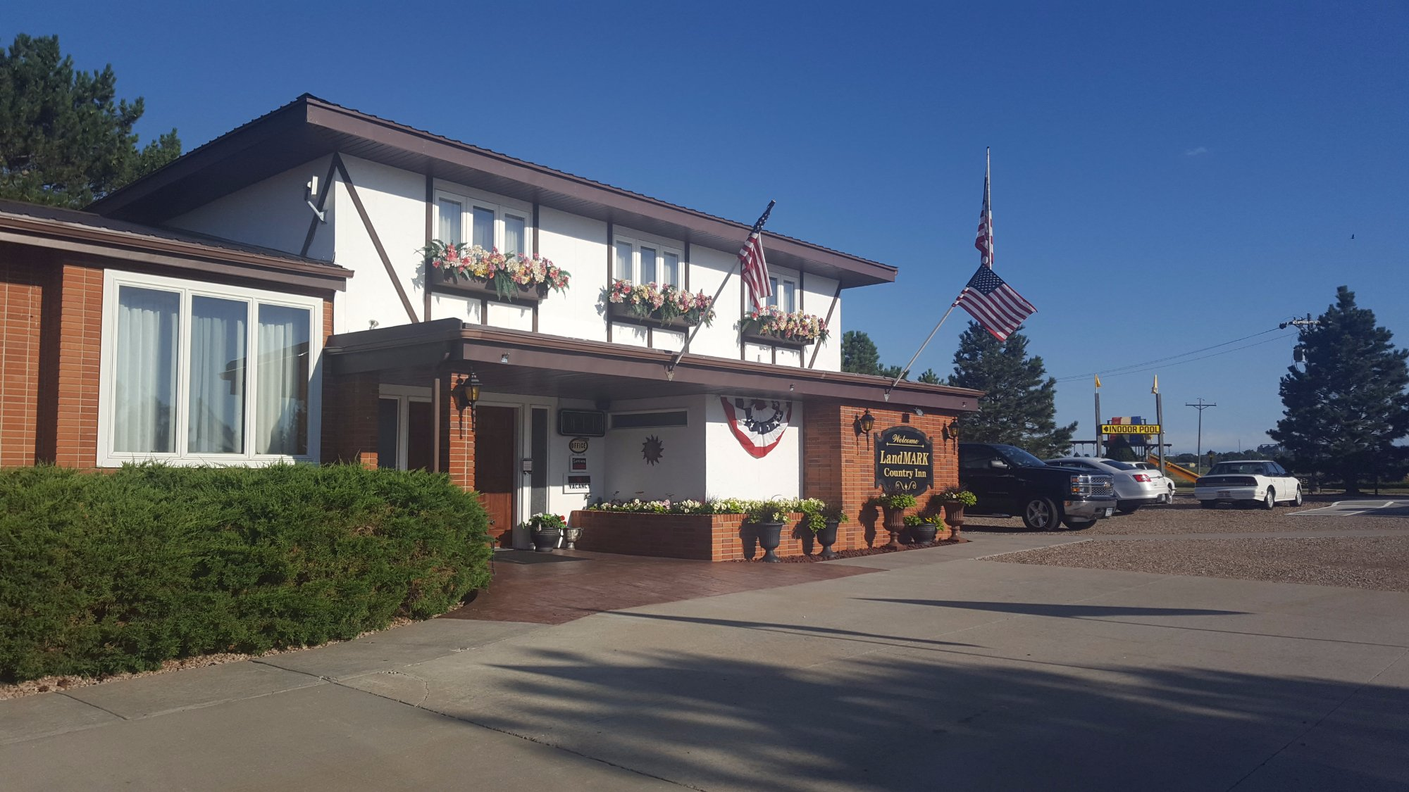 LandMARK Country Inn