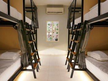 Baan Na Hostel