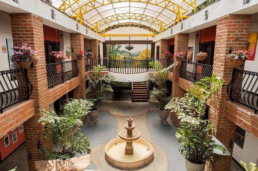 ホテル サレント リアル エヘ カフェテロ