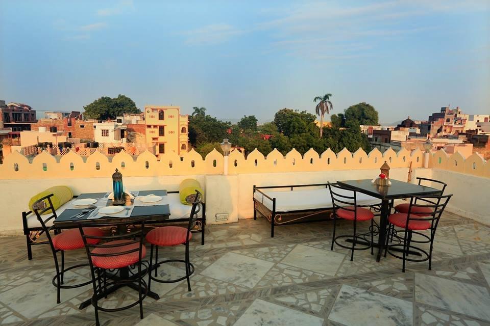 Hotel Janak Niwas