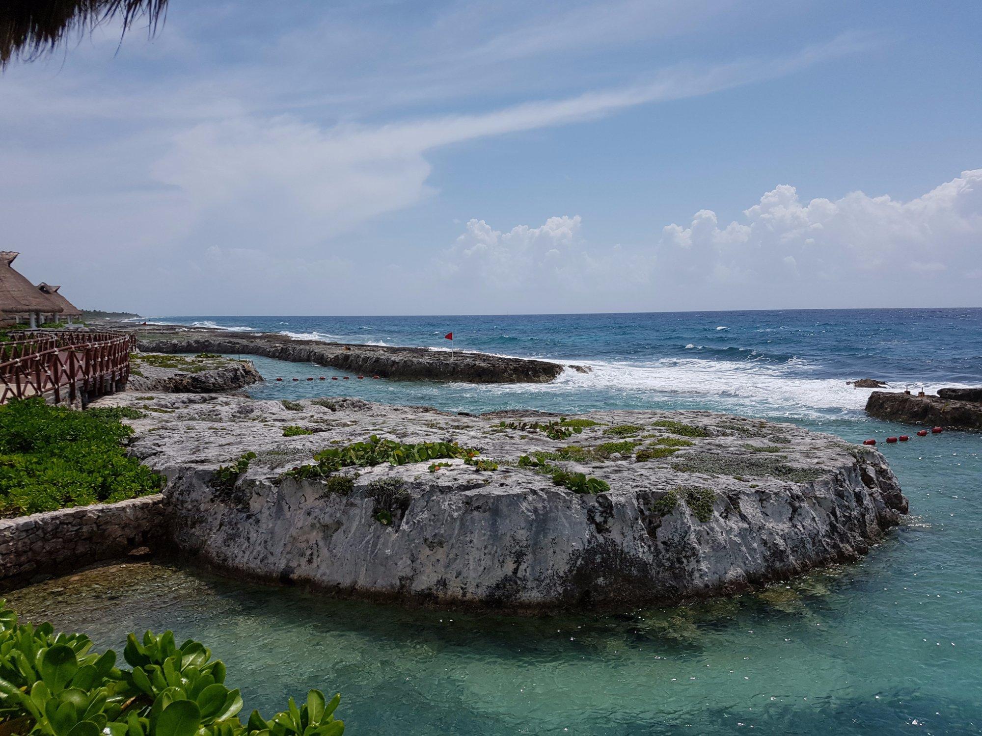 Hard Rock Riviera maya hermoso hotel, muy buena atencion y muy tranquilo