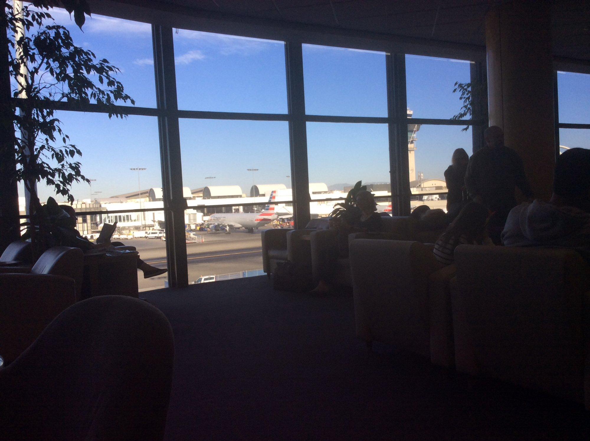United Club terminal 7 Aeopuerto Internacional LAX