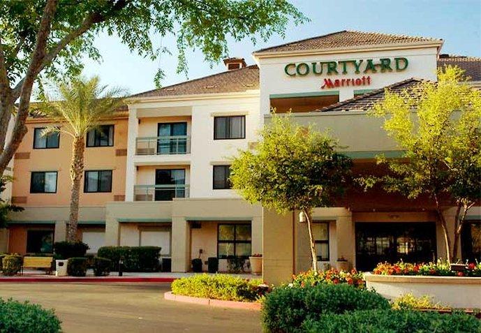 Courtyard Phoenix Chandler