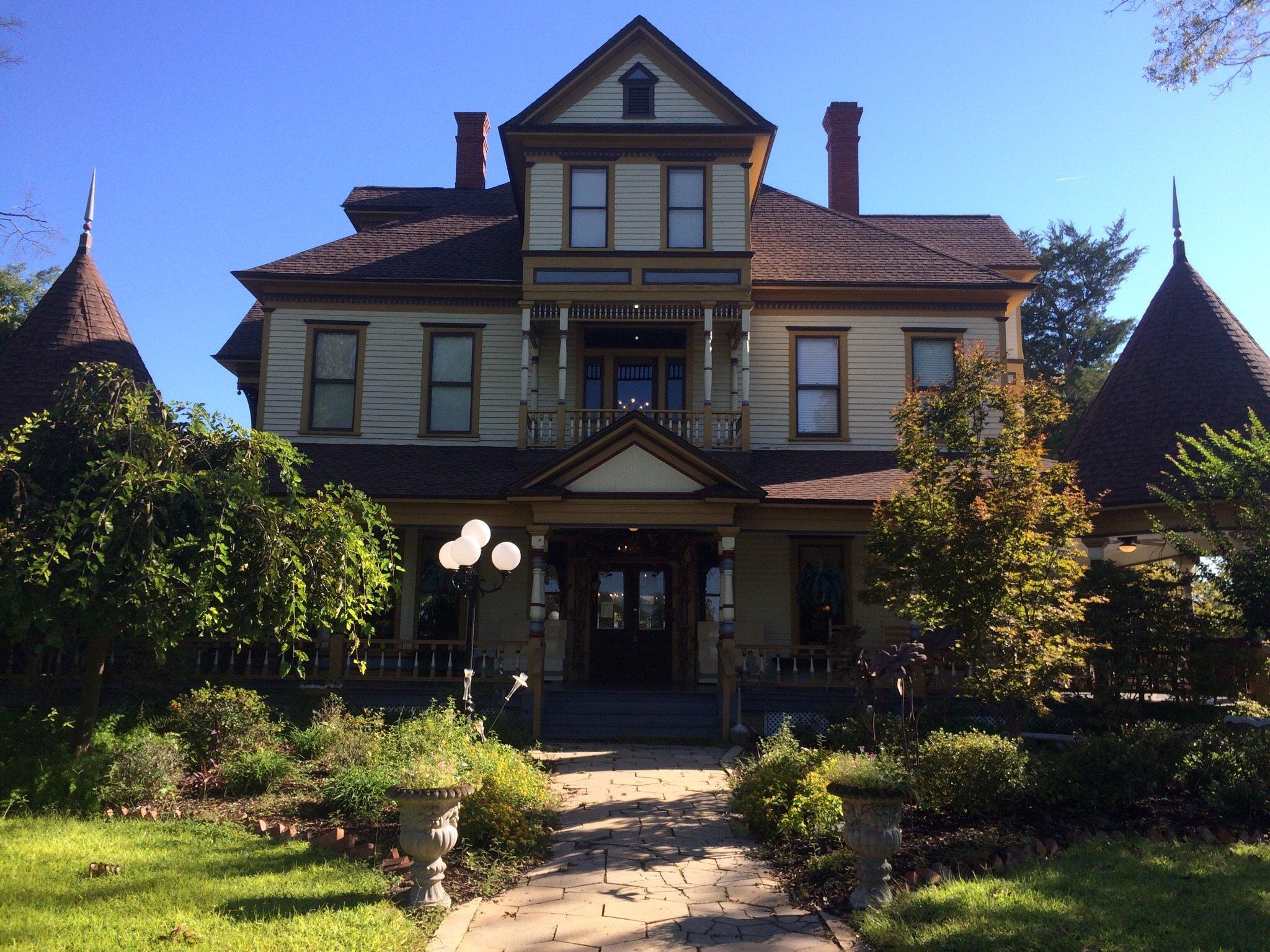 Coleman House Inn