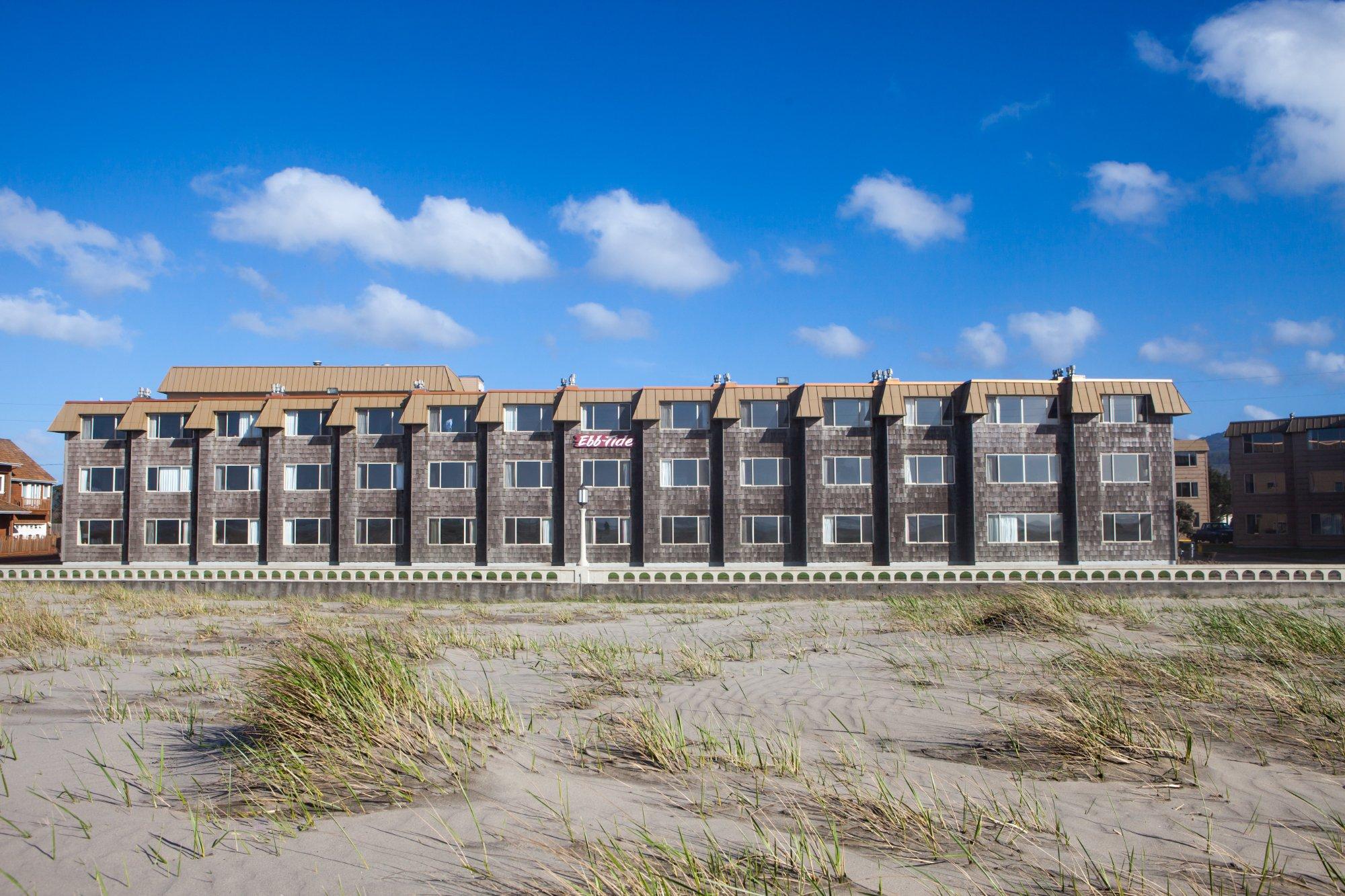 Ebb Tide Oceanfront Inn