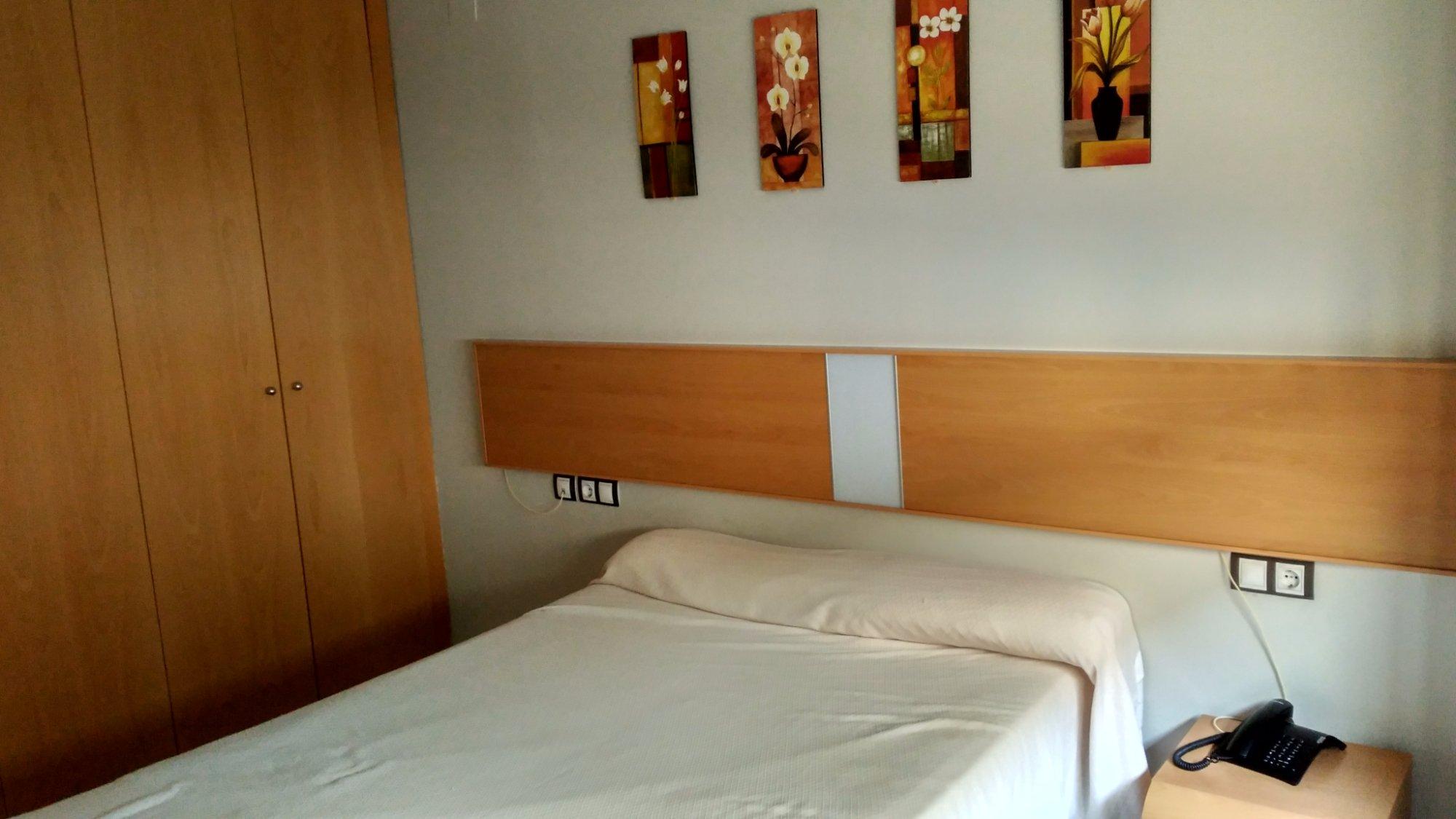 科瓦東加圖里斯蒂克斯公寓飯店