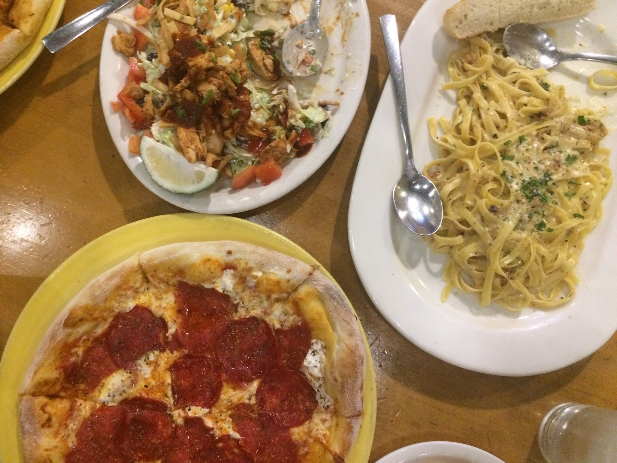 California Pizza Kitchen Makati Units 77 And 78 2nd Floor Restaurant Reviews Photos