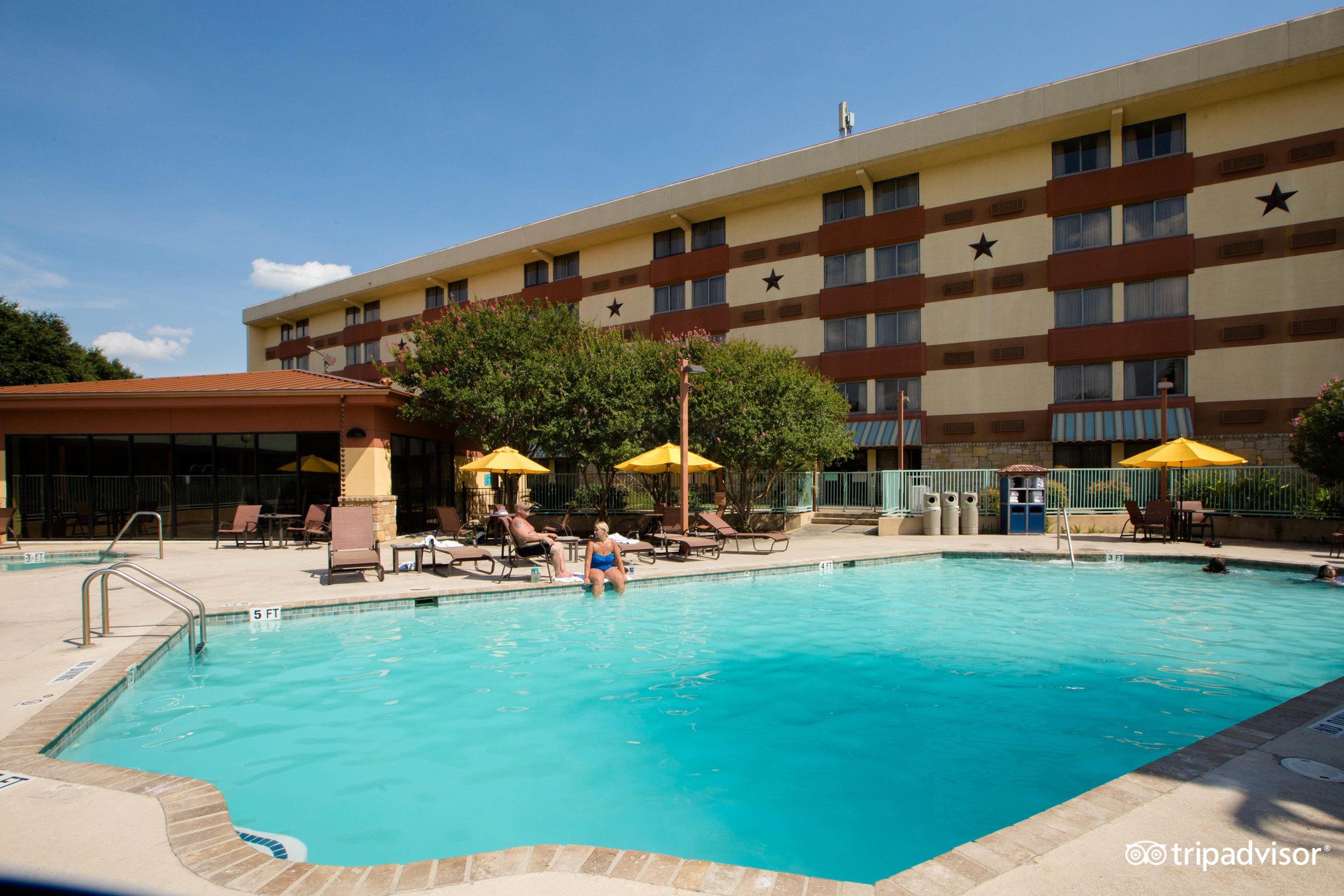 wyndham garden hotel - austin (tx) 2017 review - family vacation