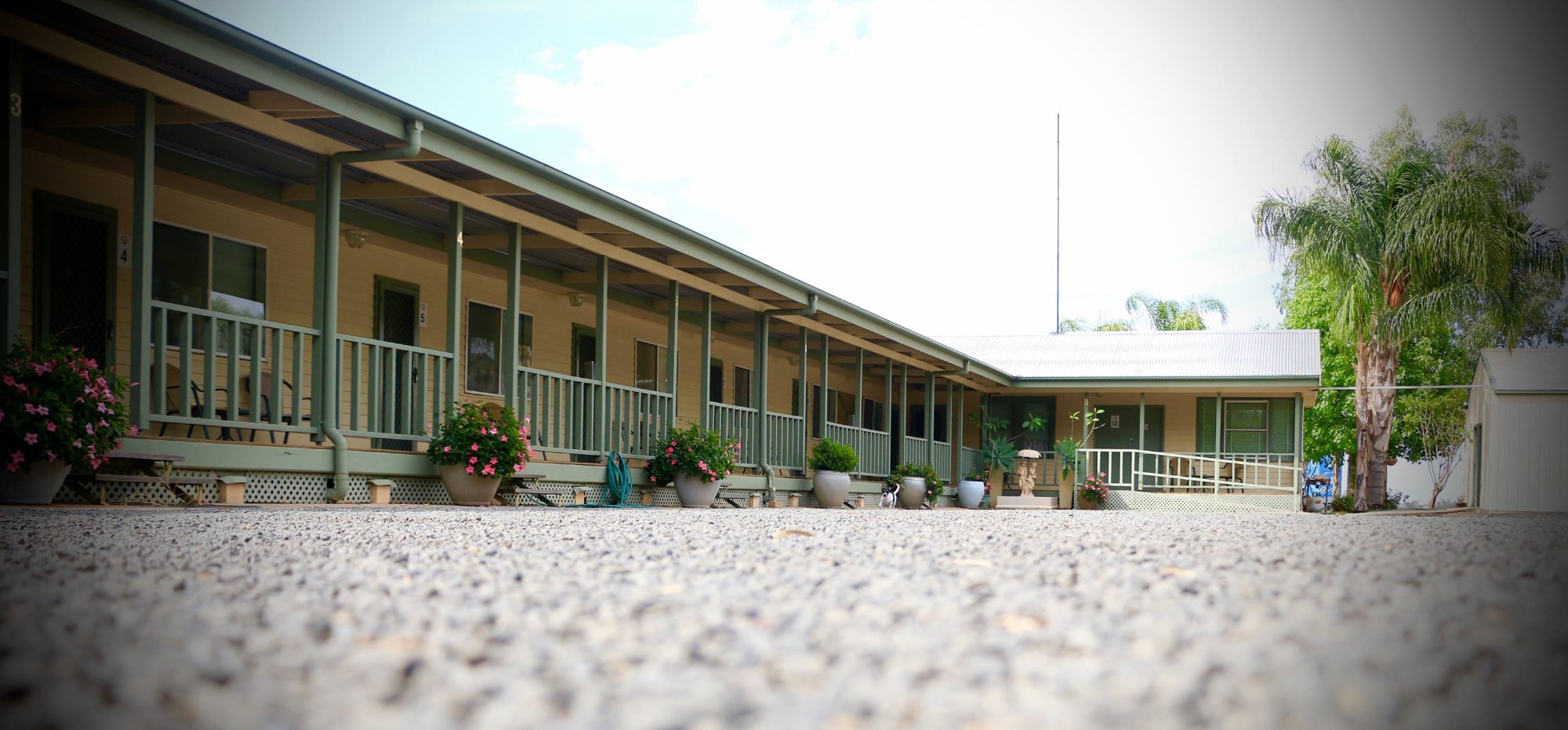 BackO'Bourke Motel