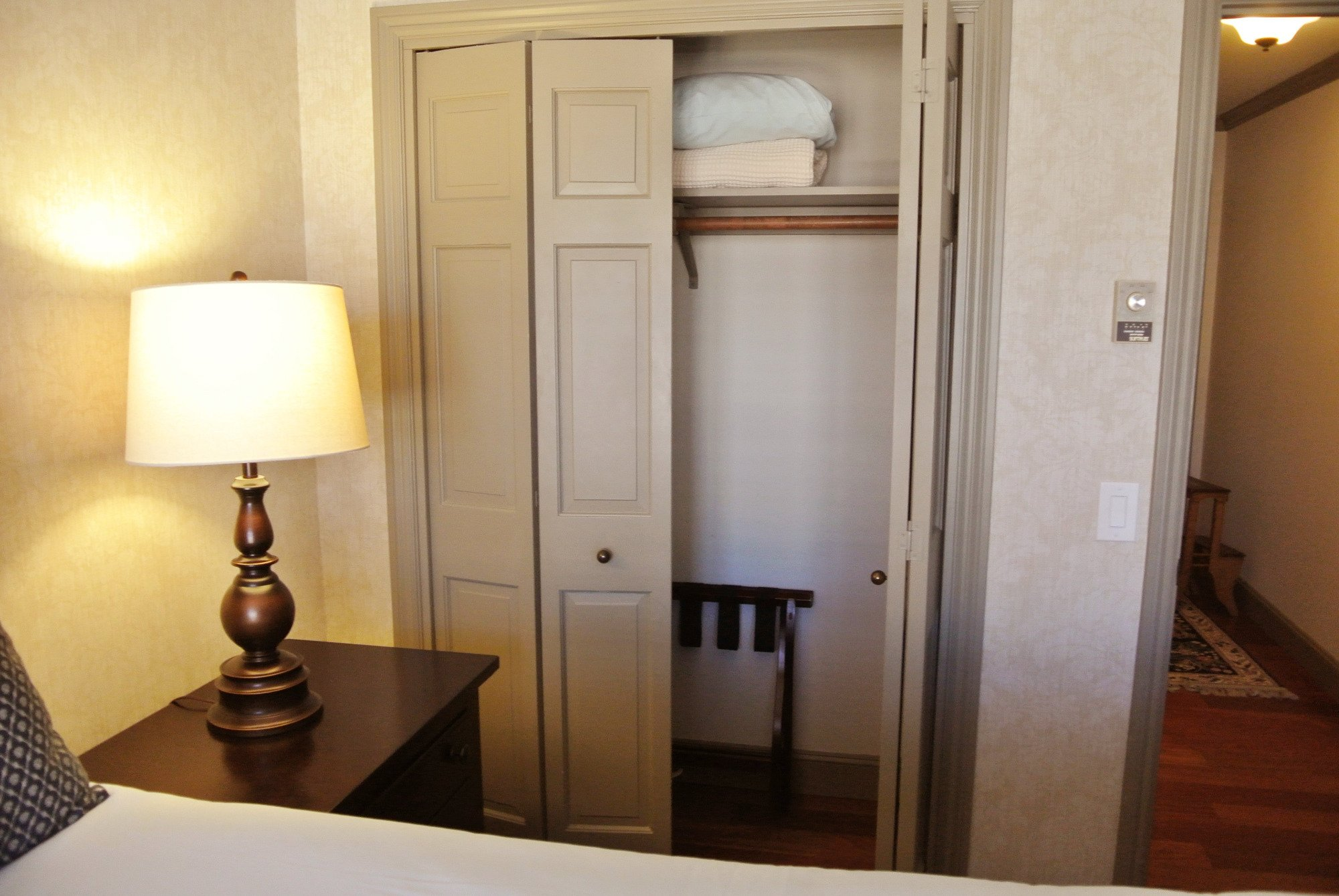 Cow Hollow Inn And Suites Deals Motel Reviews Updated