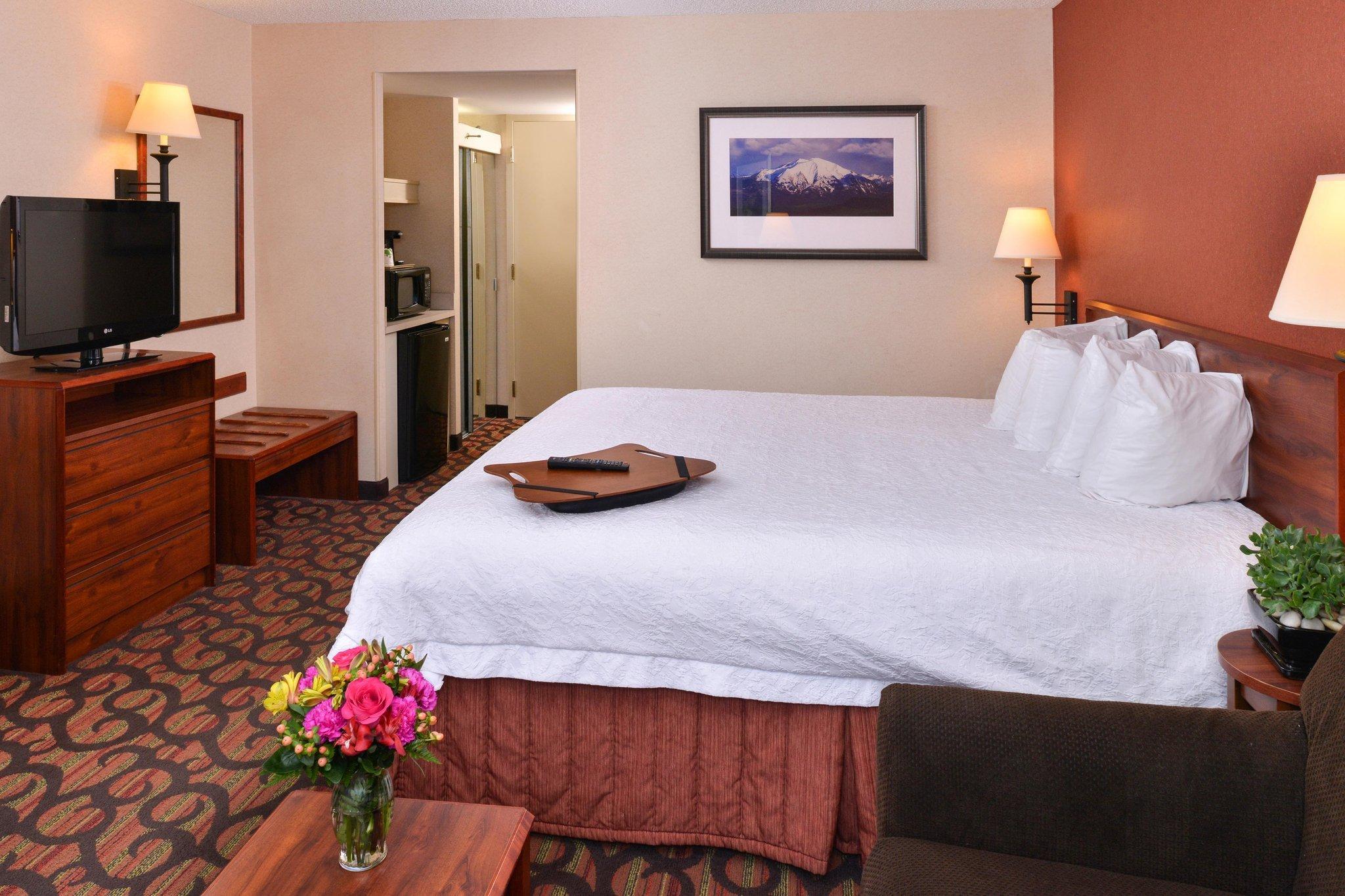 西丹佛聯邦中心希爾頓恆庭酒店