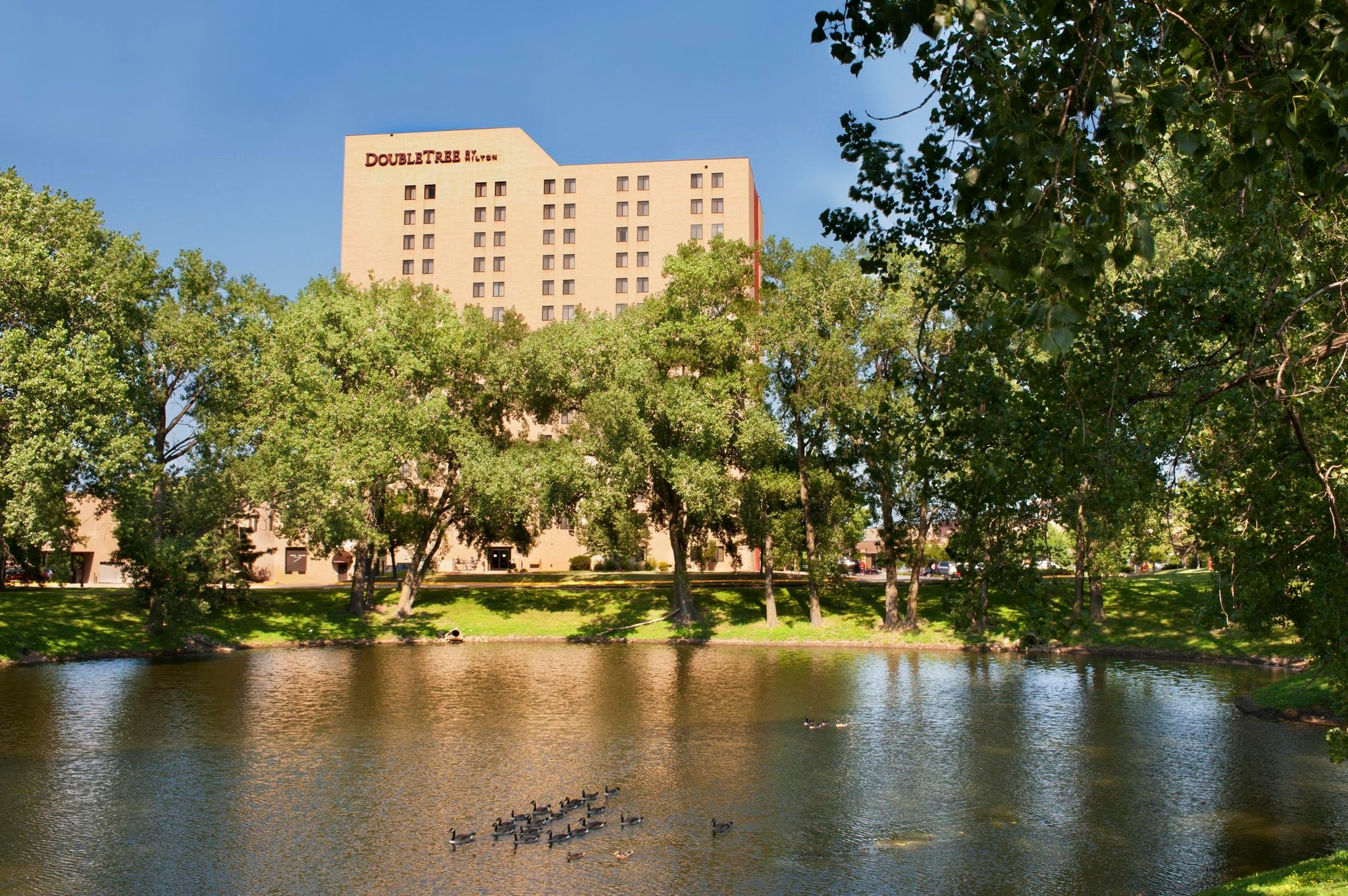 Doubletree by Hilton Minneapolis - Park Place