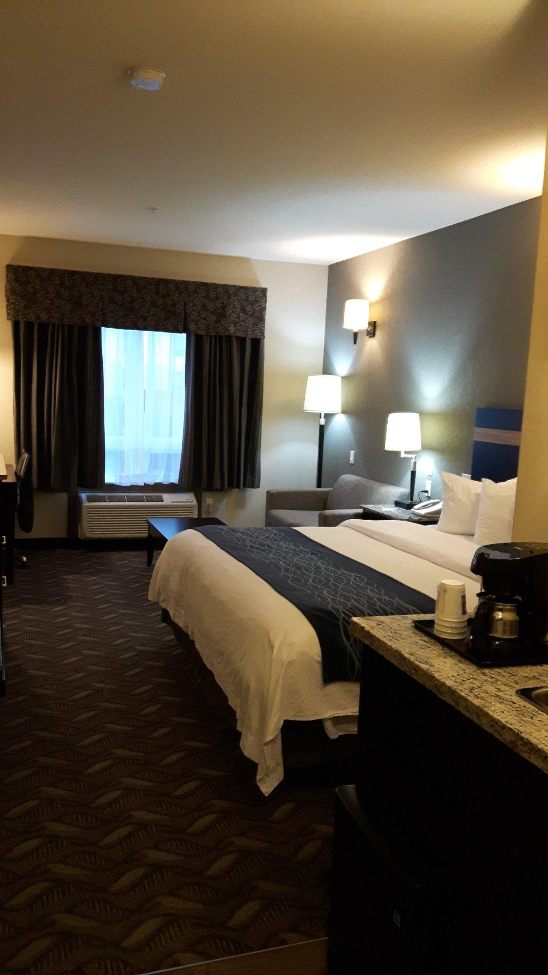 fort Inn Suites Fort Saskatchewan 1 4 9 UPDATED