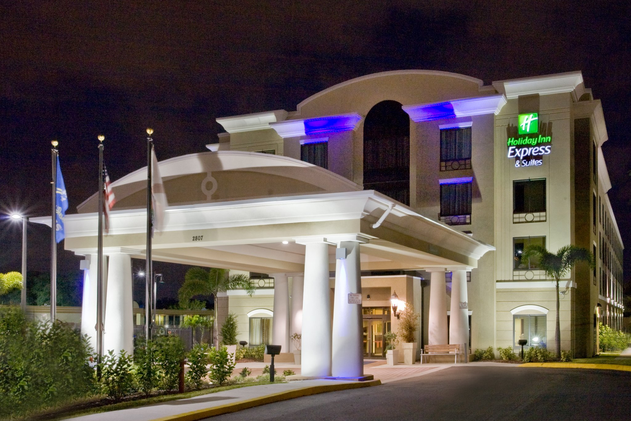 Holiday Inn Express Suites Tampa USF Busch Gardens UPDATED