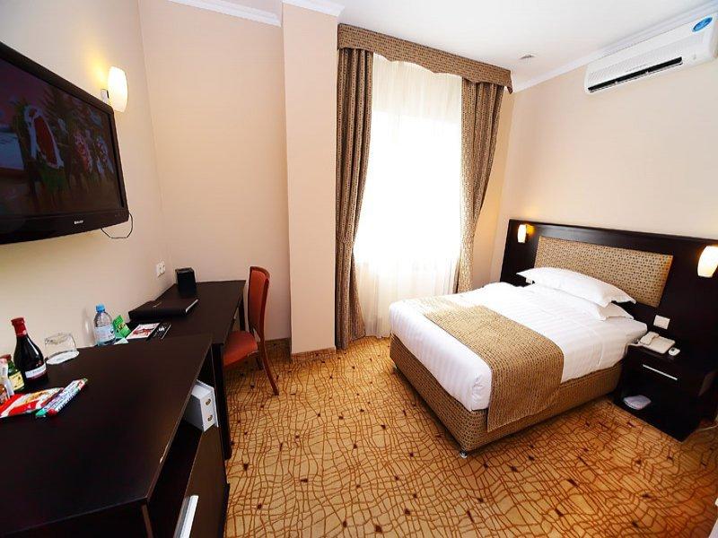 Oasis Inn Hotel Astana