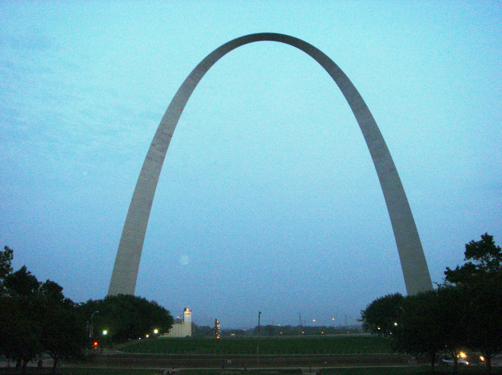 Gateway Arch at dusk St Louis