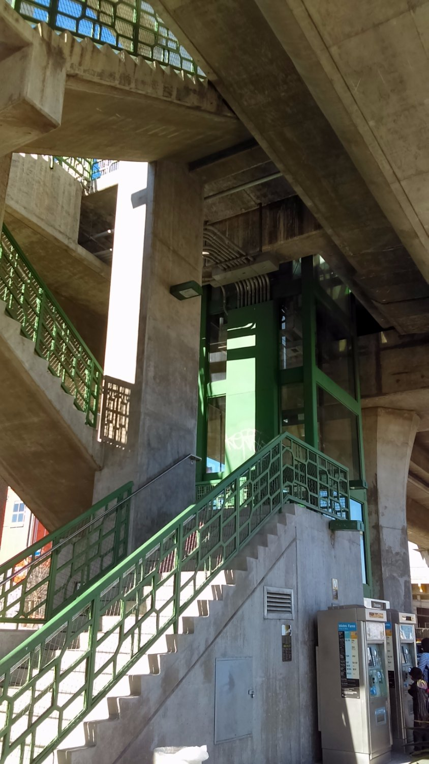 The Chinatown Staircase for the Metro Gold Line