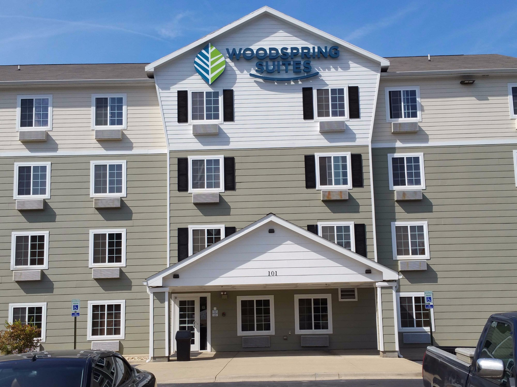 WoodSpring Suites Birmingham South