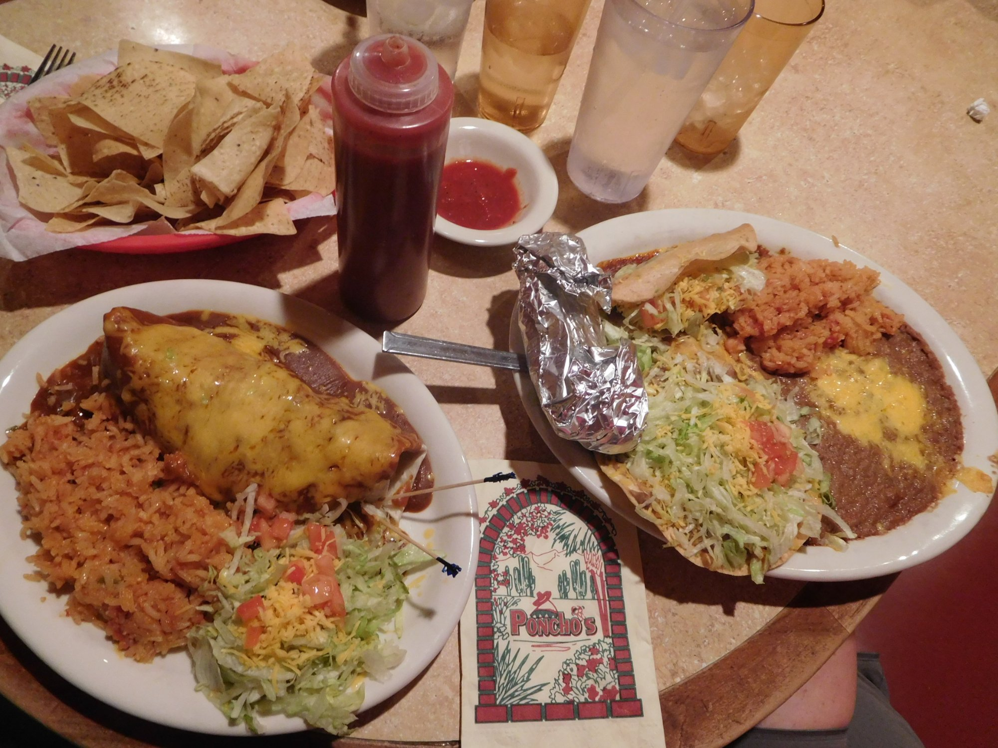 ponchos mexican food and cantina south central avenue phoenix az The tacos are top-tier and the burritos are nothing short of amazing at poncho's mexican food in phoenix 7202 south central avenue, phoenix, az fuego cantina.