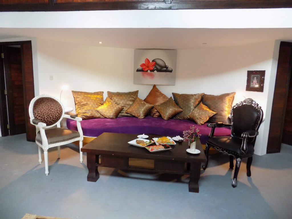 Bel air resort and spa gili air arvostelut sek for Living room c o maidstone