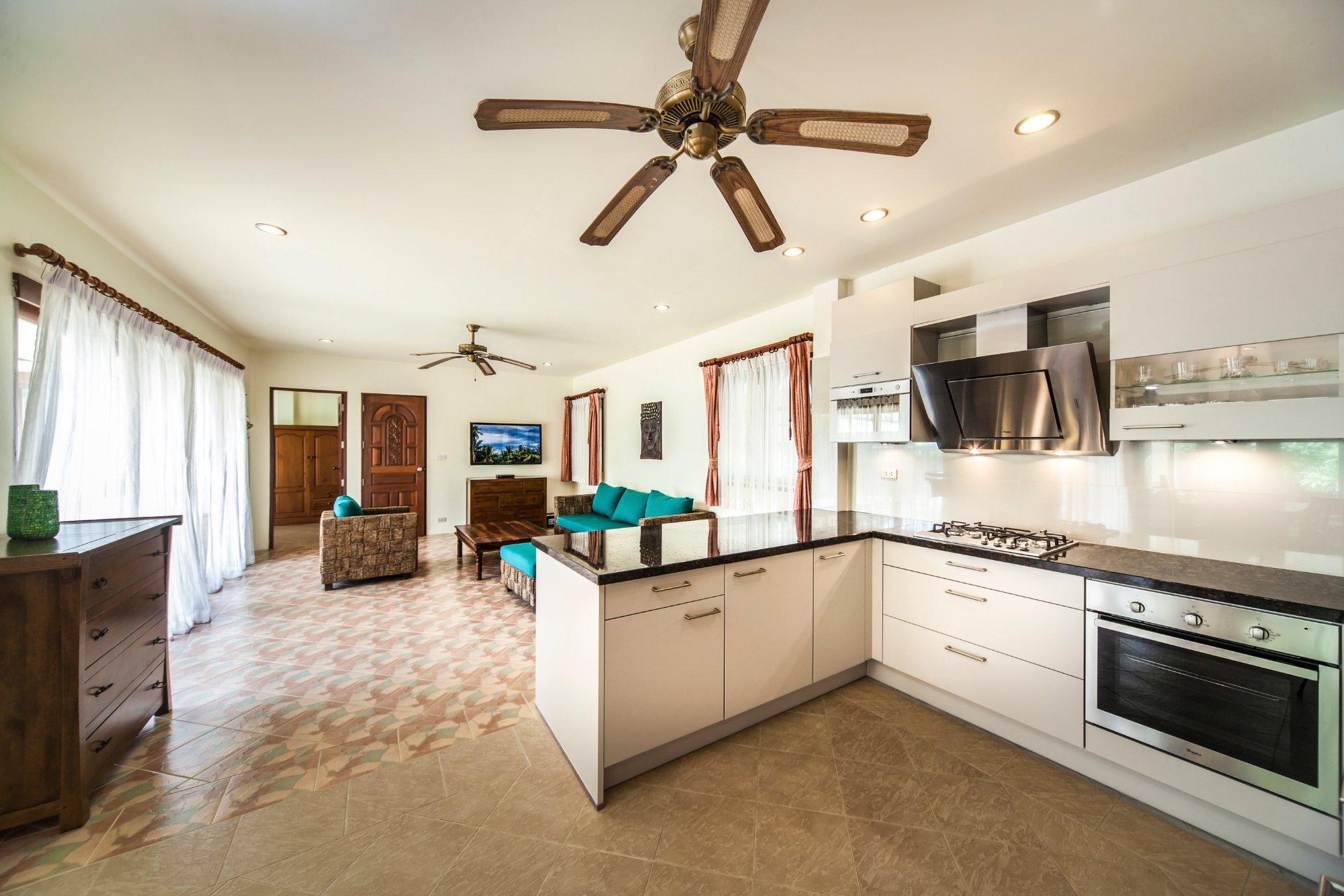 Idyllic Samui Oceanfront Resort & Villas