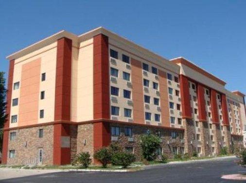 Blue Cypress Hotel
