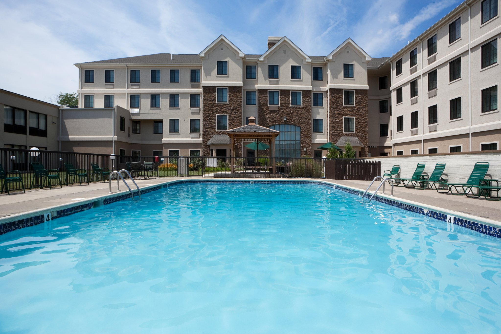 Staybridge Suites--Wilmington/Newark