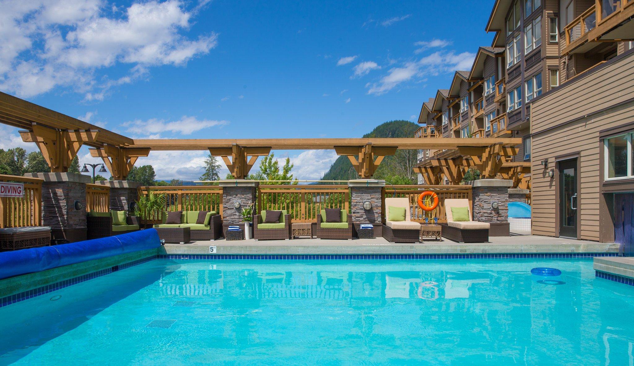 Executive Suites Hotel & Resort