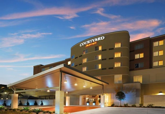 Courtyard Houston Pearland
