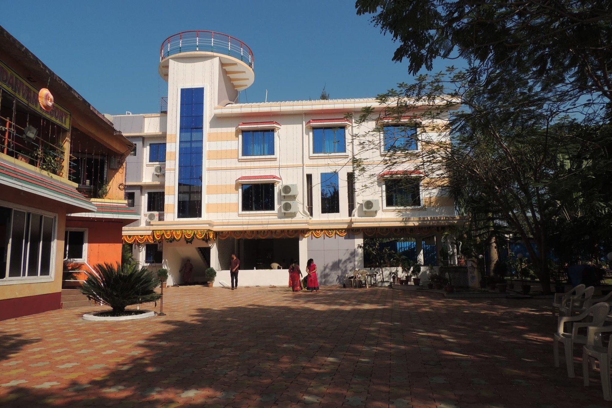 Nandanvan Resort