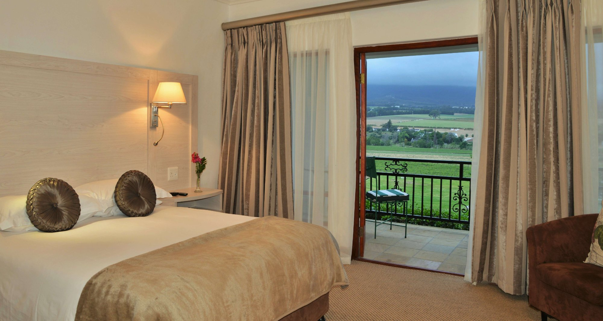 Val Du Charron Wine & Olive Estate Guesthouse