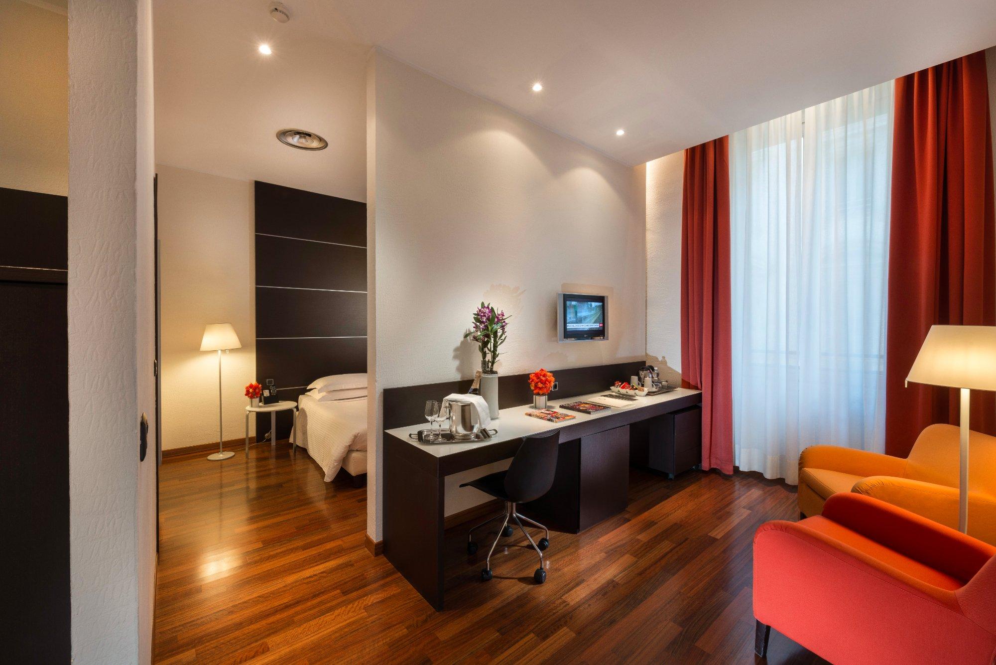타운 하우스 70 스위트 호텔