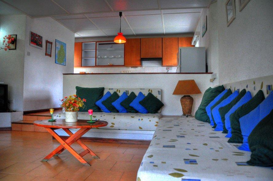La pointe villas pointe aux canonniers arvostelut sek for In a living room 94