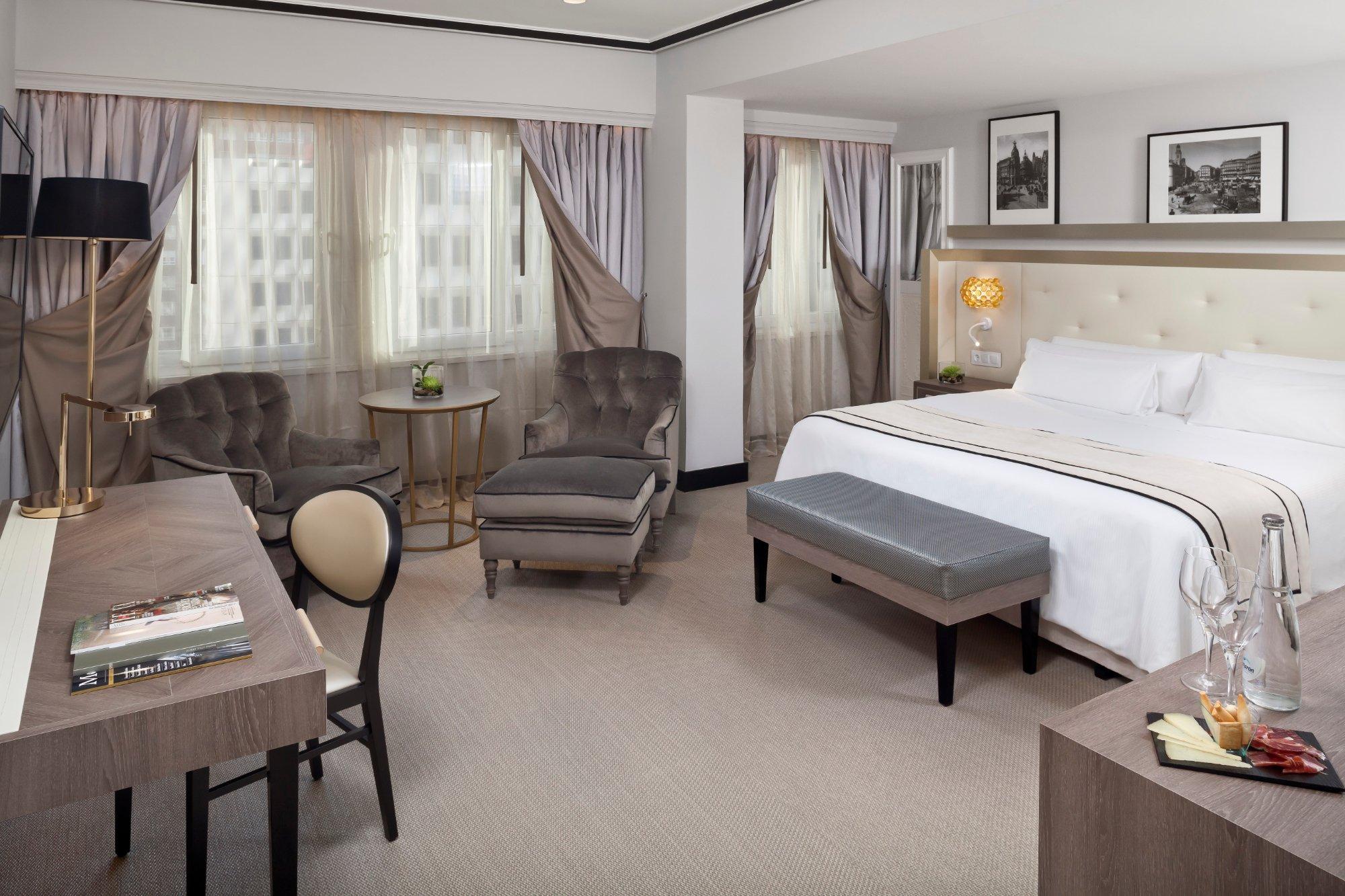 梅里亞卡斯蒂利亞酒店