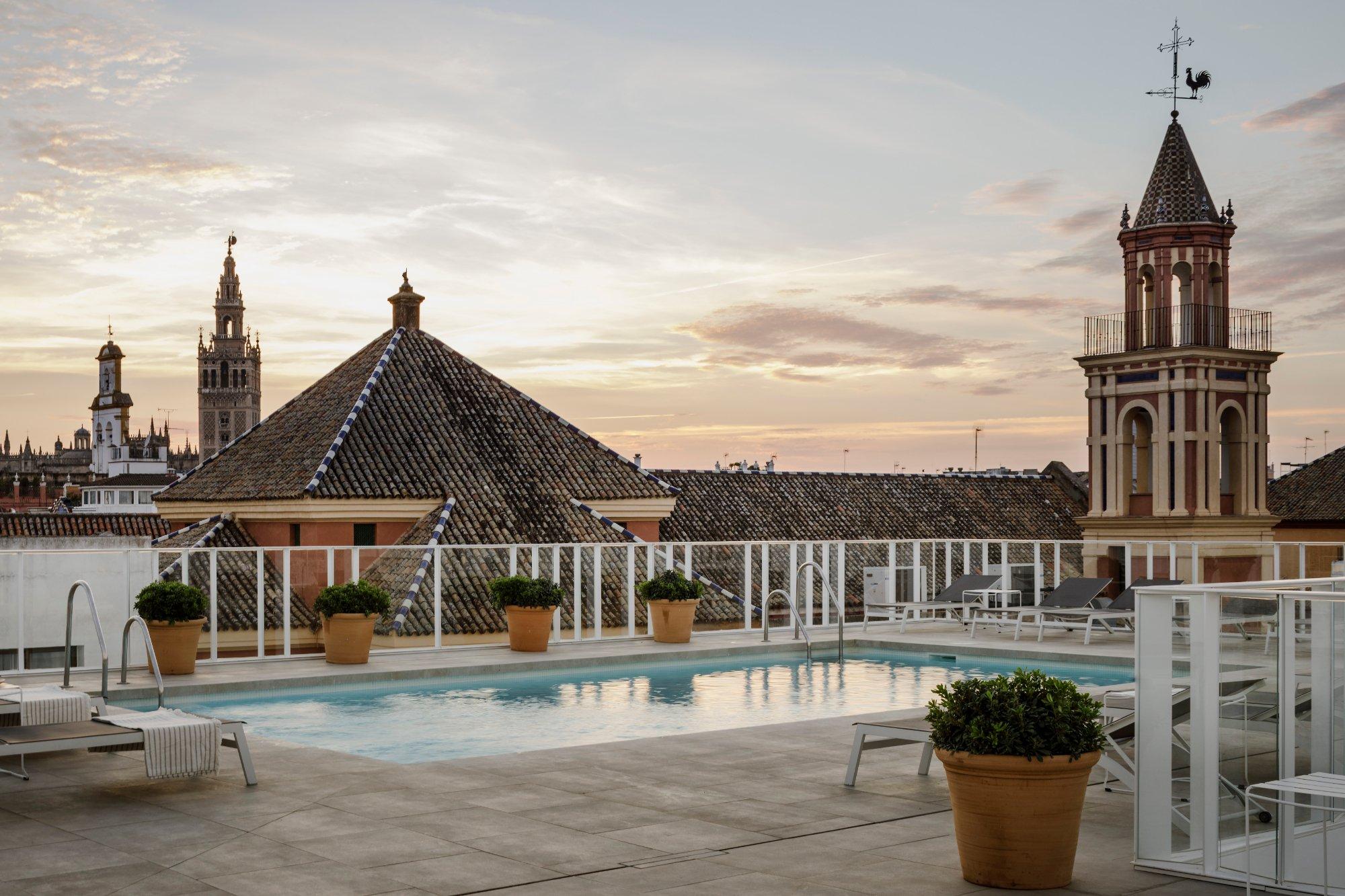 費爾南多三世酒店