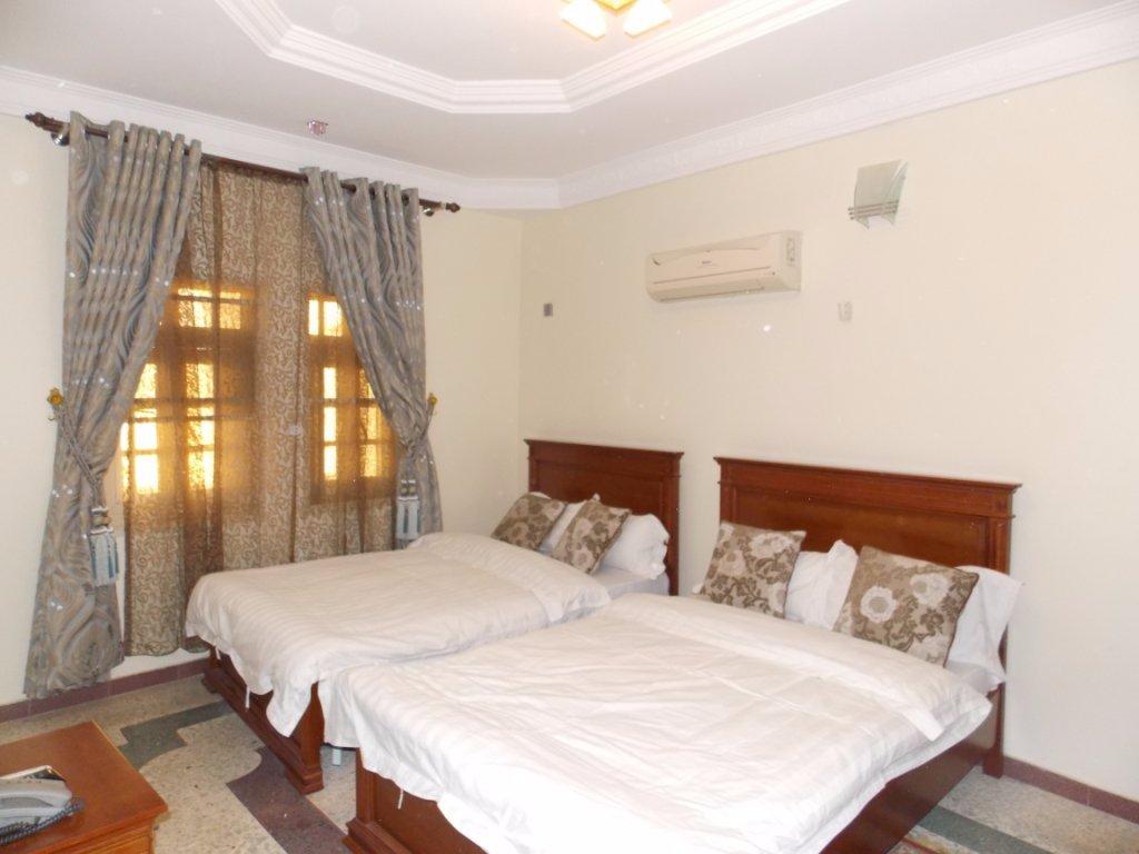 Tokke Apartments Halal