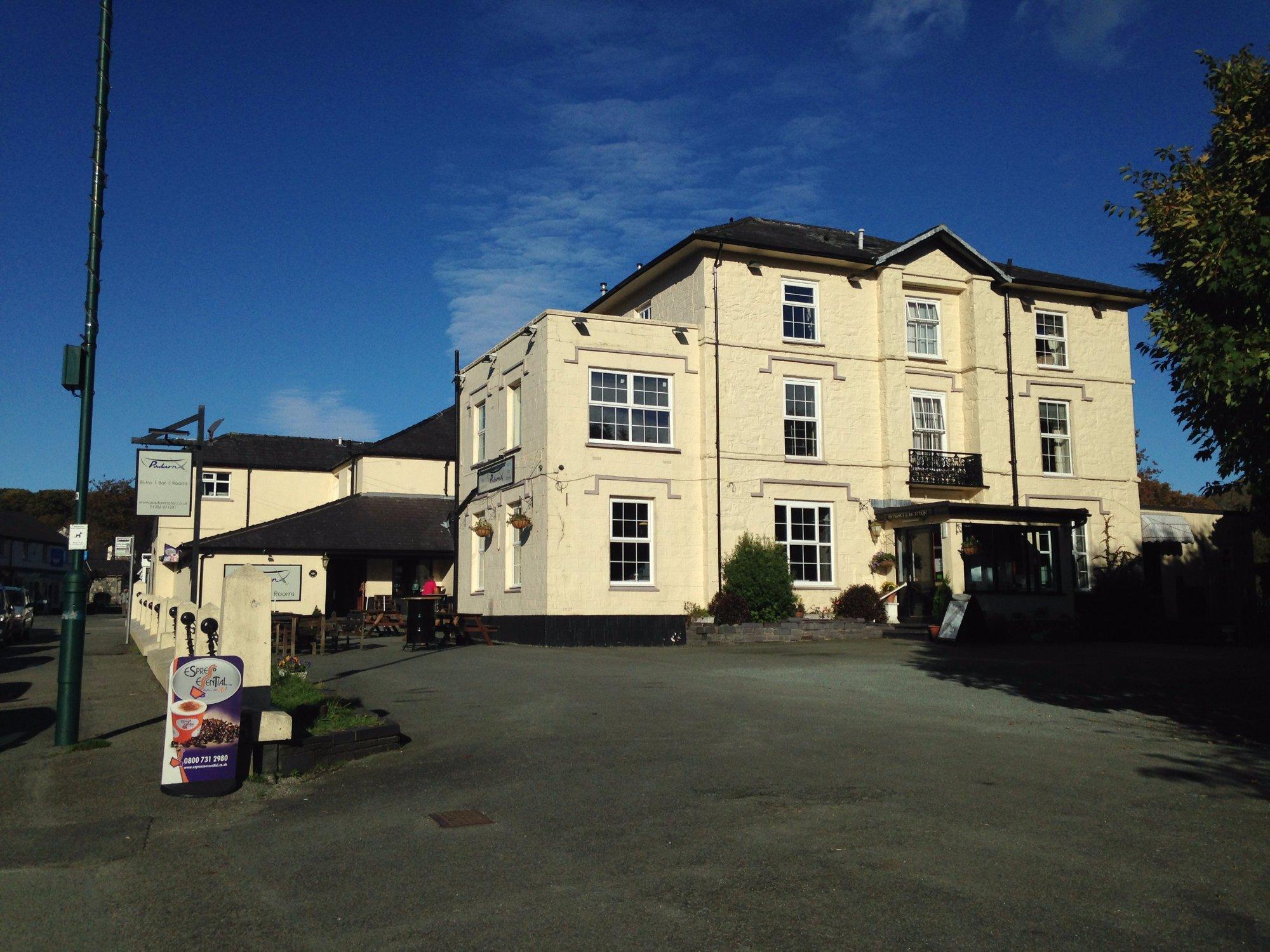 Padarn Hotel