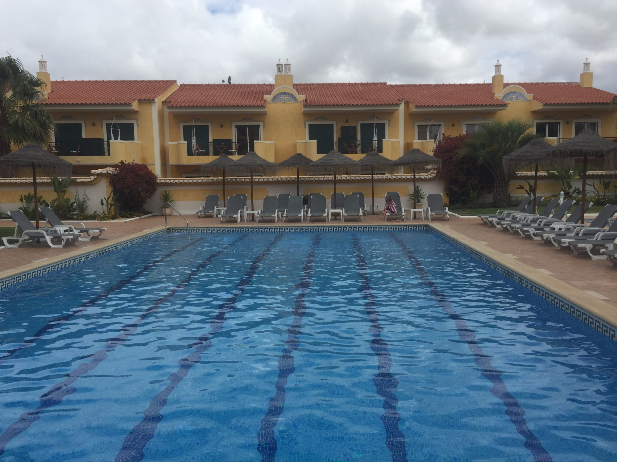 Giramar Apartments