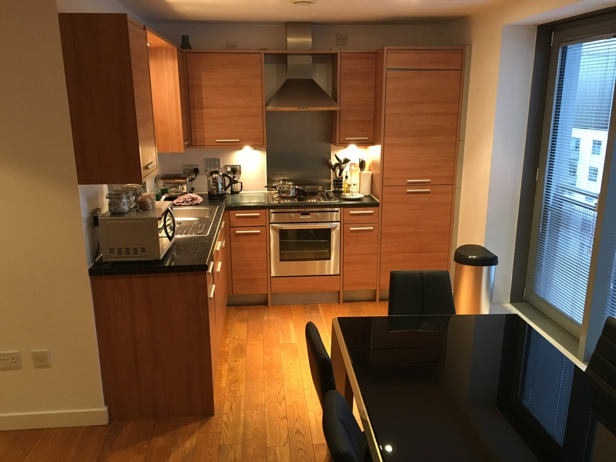 The b suites edinburgh updated 2016 apartment reviews for O kitchen edinburgh