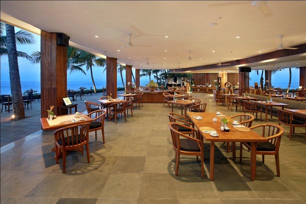 Ocean terrace restaurant candidasa restaurant reviews for Terrace bar grill