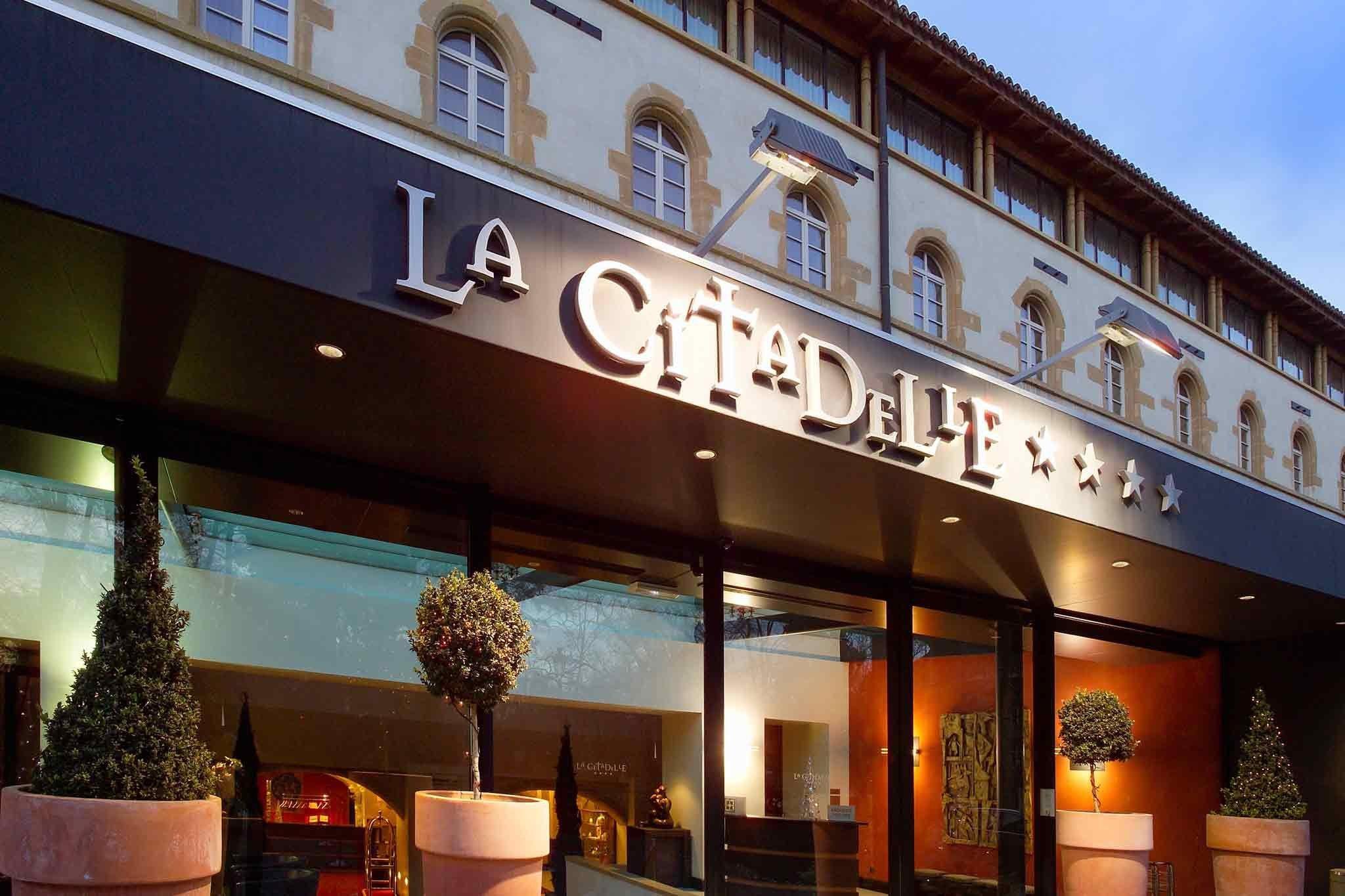 ホテル ラ シタデル