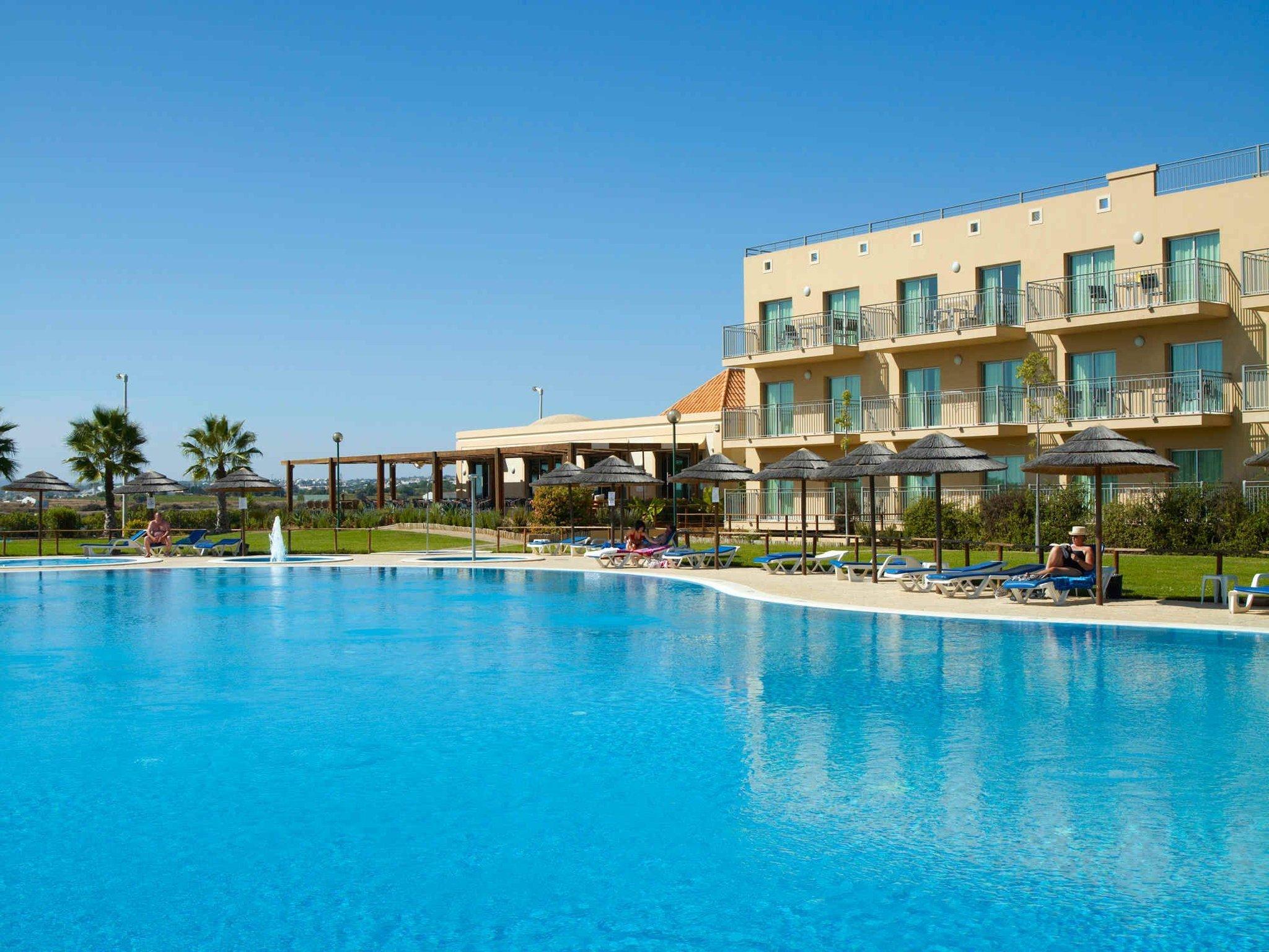 Cabanas Resort Park