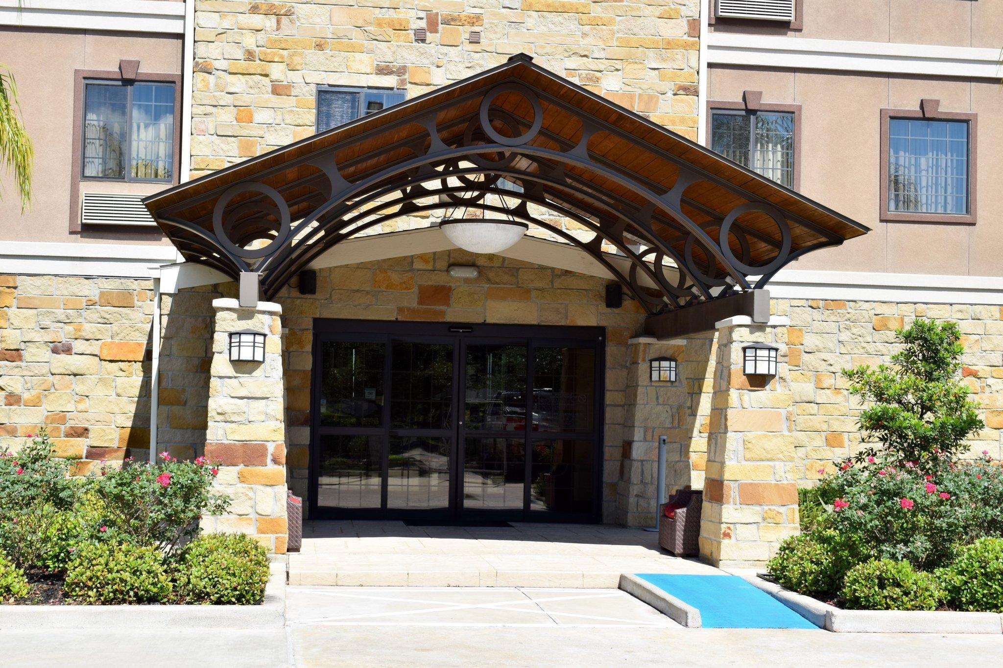 休士頓斯塔福德-舒格蘭駐橋套房飯店