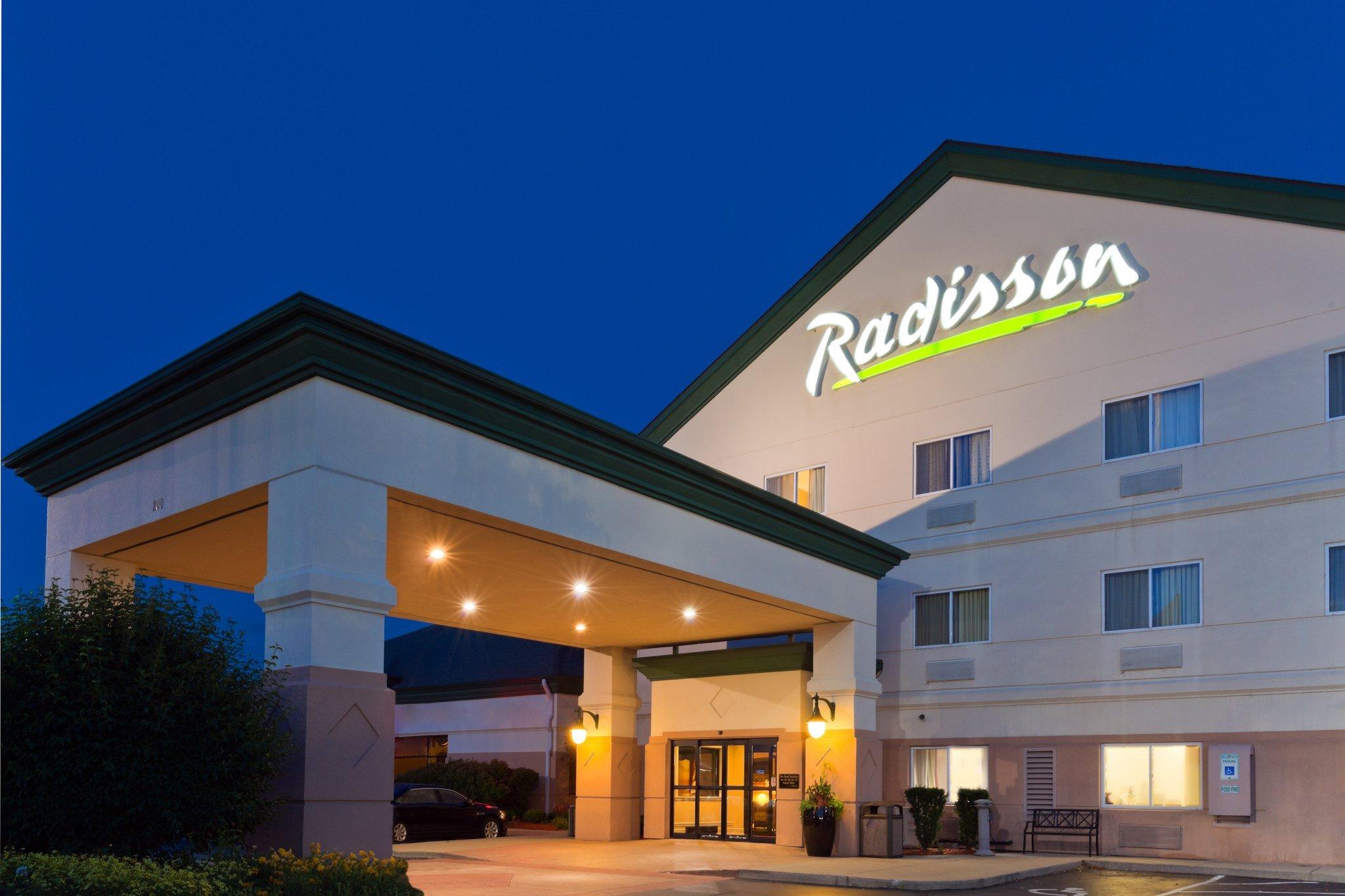 羅克福德拉迪森飯店和會議中心