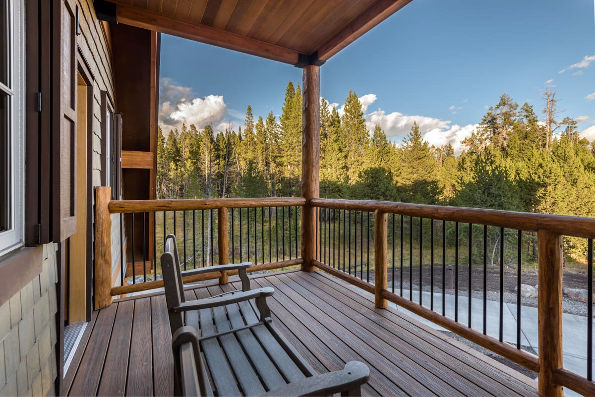 Canyon Lodge and Cabins UPDATED 2017 Reviews amp Price  : suite deck and view from www.tripadvisor.ie size 1200 x 801 jpeg 206kB