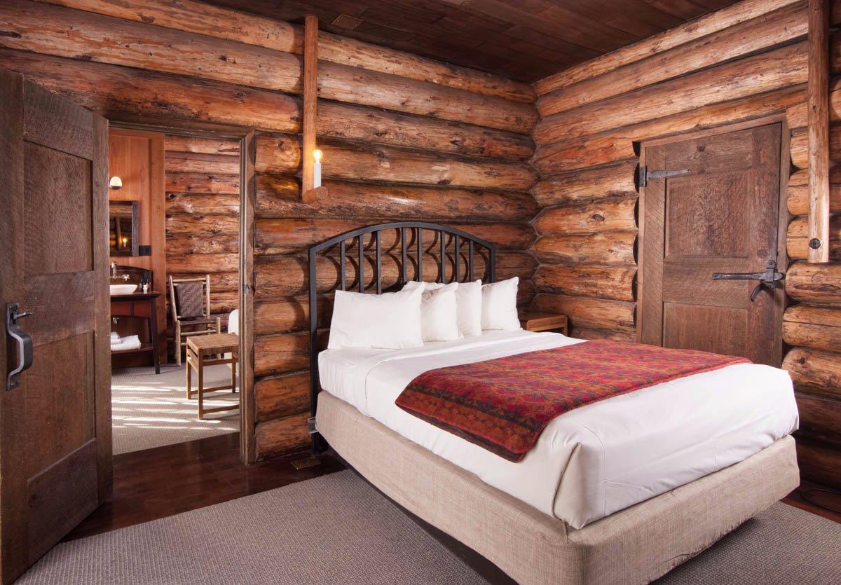 Old Faithful Inn Hotel Yellowstone National Park Wy