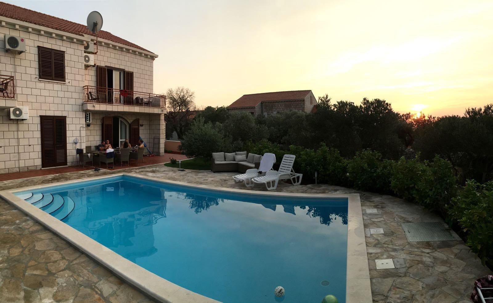 Villa Dobrasin
