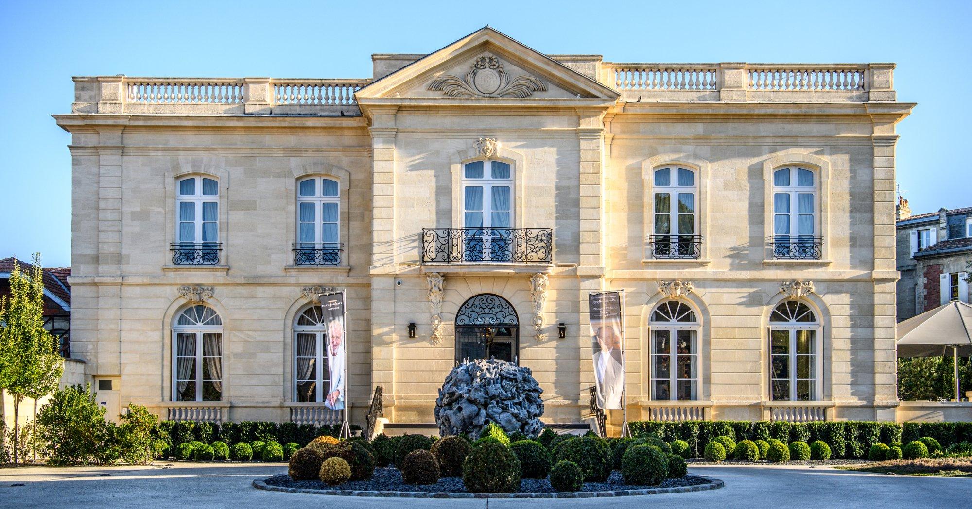 Restaurant pierre gagnaire la grande maison de for Maison de l enfance bordeaux