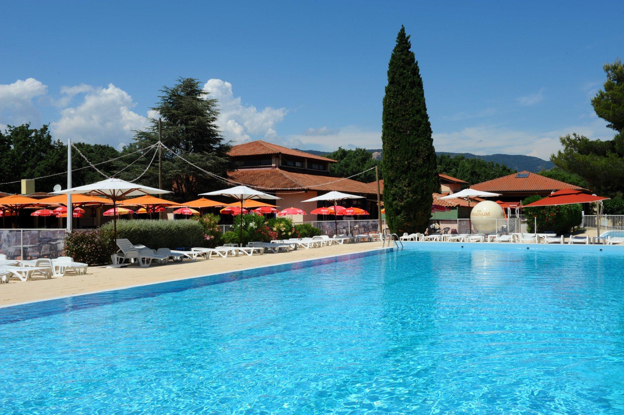 Village vacances la manne bormes les mimosas france for Camping borme les mimosas avec piscine