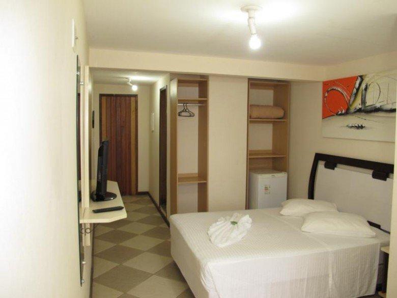 Lonier Praia Inn Flats